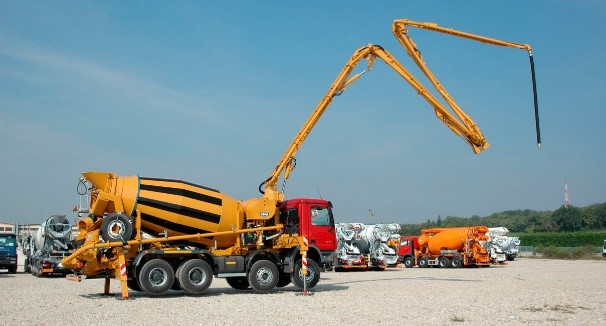 Truck mixer concrete pump